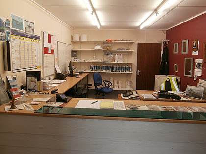 Fareham Glass Service Counter